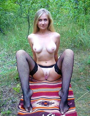 Pretty sexy mature wifes amateur porn pics
