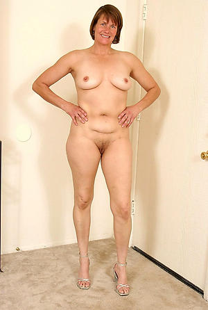 Beautiful mature sexy column pictures