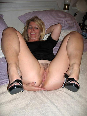 Pretty homemade mature milf pics
