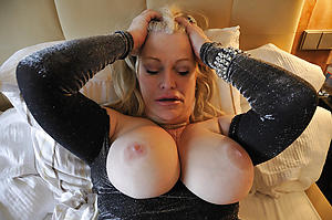 Naked sexy mature whore pictrues