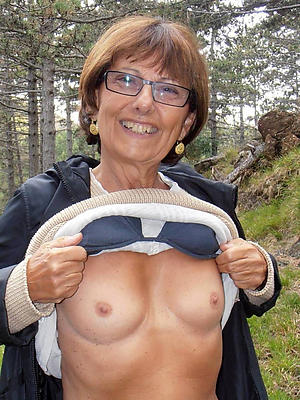 Sexy mature free and single pics