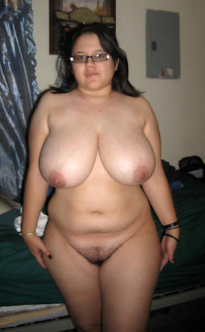 Amateur hot busty of age naked photo