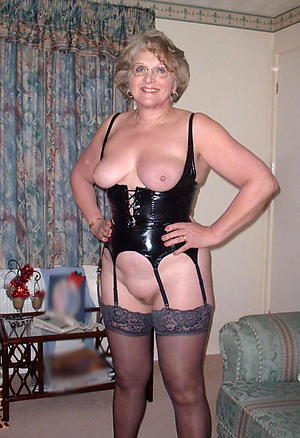 Busty older mature granny shorn photos