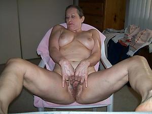 Naked mature doyen woman layman photos