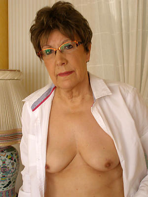 Sexy mature older woman pictures