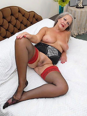 Amateur grown up older woman pics