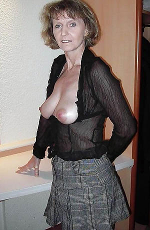Naked sexy private milf pics