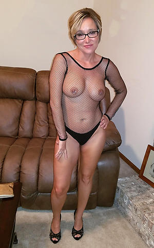 Real hot mature milf pics