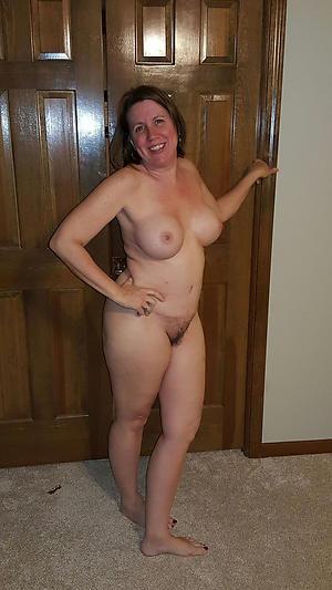 Nude mature whore porn pics