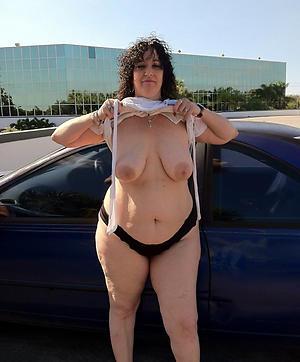 Amateur pics of big saggy mature tits