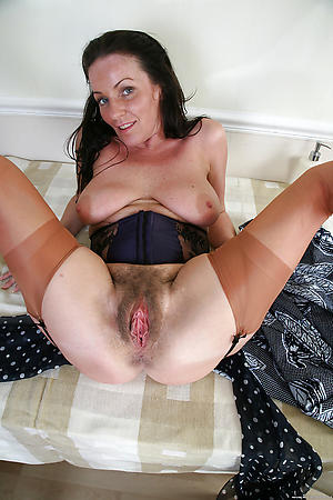 Amateur pics of mature hairy galleries