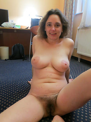 Pretty private mature porn pictures