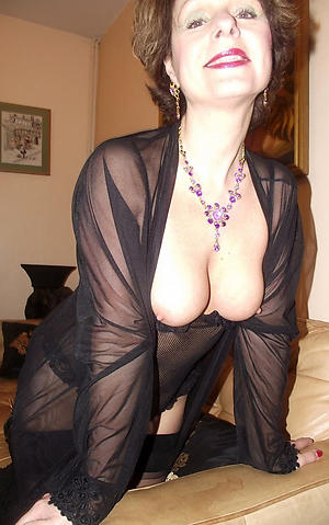 Xxx down in the mouth mature lady