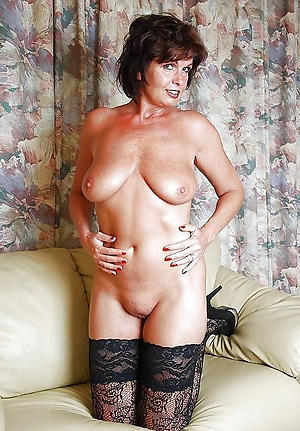 Slutty mature ladies xxx pics