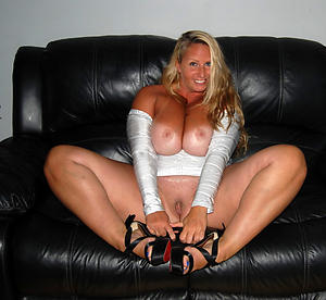 Cougar milf mature stripped