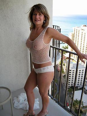 Naked grown-up european women