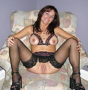 Pretty single mature women pics