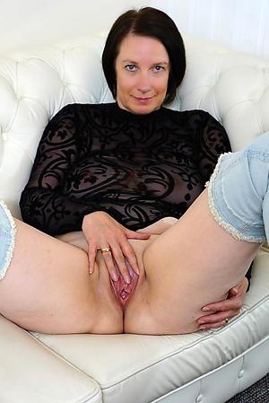 Real matures 40 free porn pics