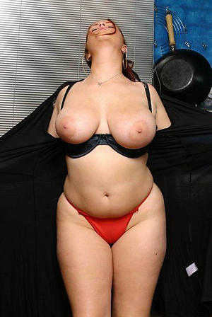 Slutty nude plump grown-up women