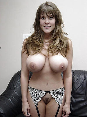 Dabbler pics of natural big tits mature