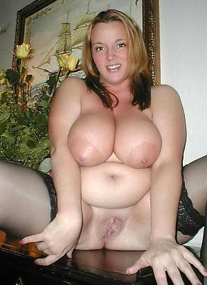 Naked xxx mature beamy tits pictures