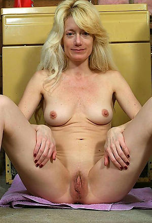 Hot of age european pussy