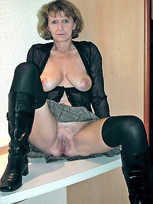 Amazing mature upskirts denude pictures