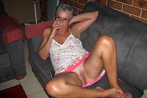 Private mature upskirts pics