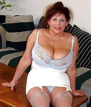 Xxx classic grown up women naked photo