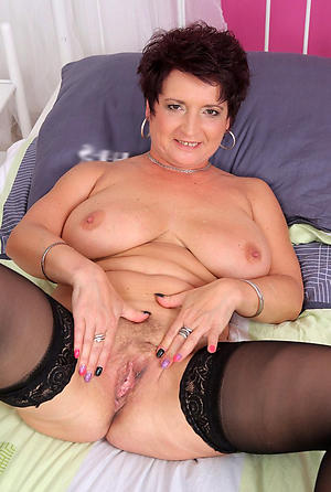 Xxx mature cougar pussy nude pictures