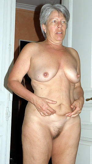 Sexy mature grandmothers nude pics