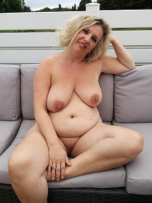 Amazing mature amateur sluts pictures