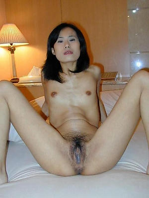 Pretty of age asian nude pics