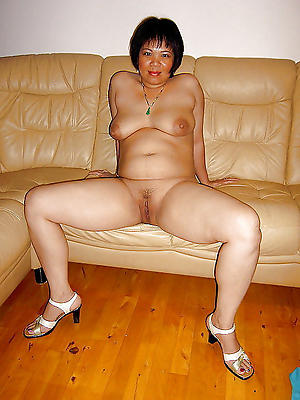 Xxx mature asian milf lay bare pics