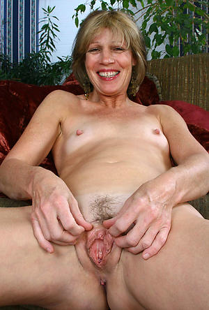 Xxx hot of age wifes naked pics