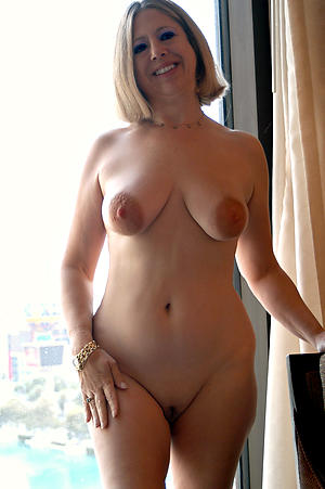 Hot mature wifes