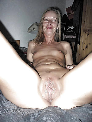 Pretty mature german milf nude pictures