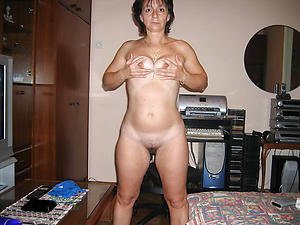 Starkers mature german moms pics