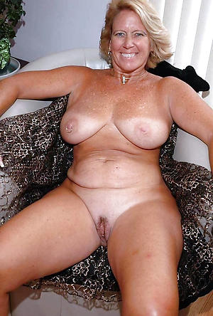 Amateur Mature Blowjob Swallow