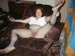 Undressed mature women pantyhose galleries