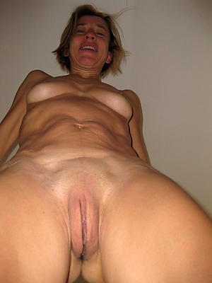 Xxx mature shaved pussy naked pics