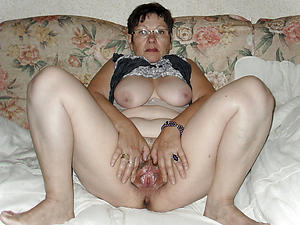 Naked mature homemade pics