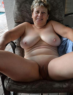 Nude mature wife homemade amateur porn pics