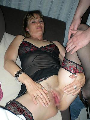 Busty mature women naked pics