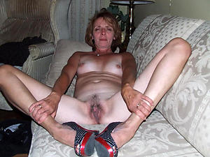 Amateur homemade mature column photos