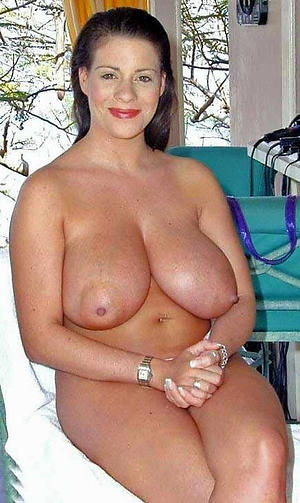 Amateur pics of mature women with big tits