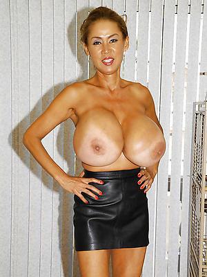 mature women all over big tits porn pics