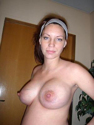 Women hither big titties fotos
