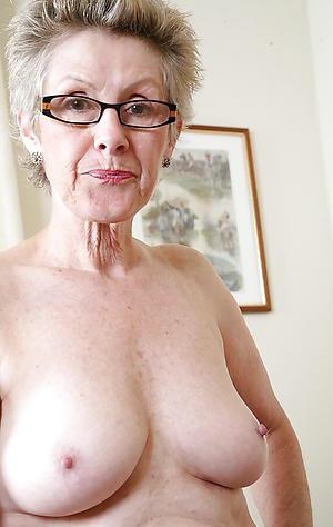 Curvy patriarch mature pussy pics