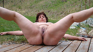 Amateur pics of shaved mature pussies